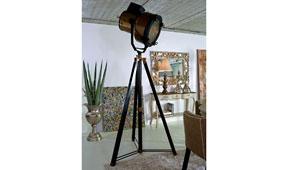 Lámpara de pie foco de cine Gardenia