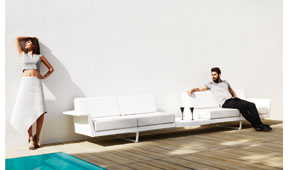 Sofá con mesa de jardín Flater