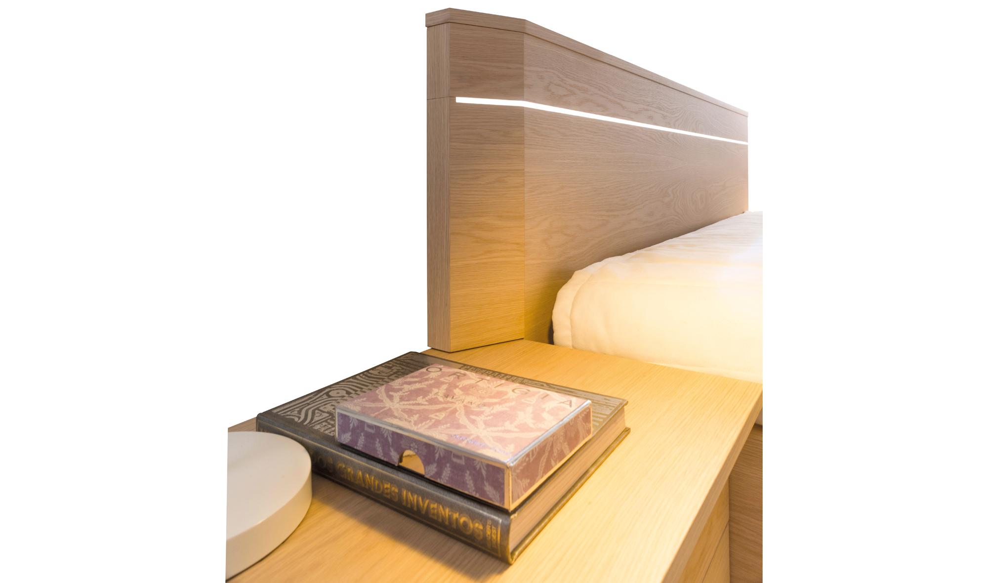 Cama moderna high tech en cosas de arquitectoscosas de - Cama moderna diseno ...