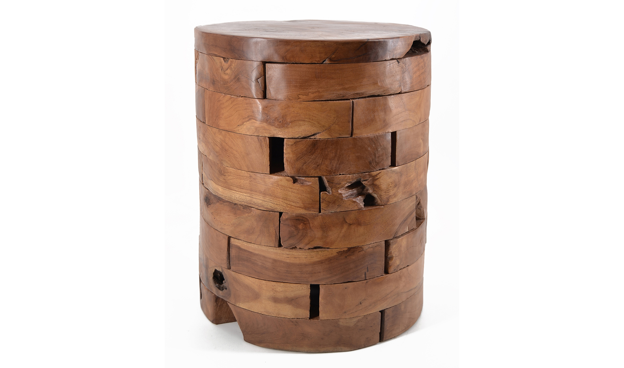 Taburete bajo troncos horizontales teca