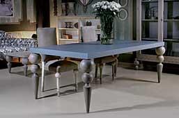 Mesa de comedor vintage Plemy