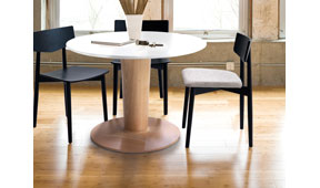 Mesa de comedor nórdica Kange 70