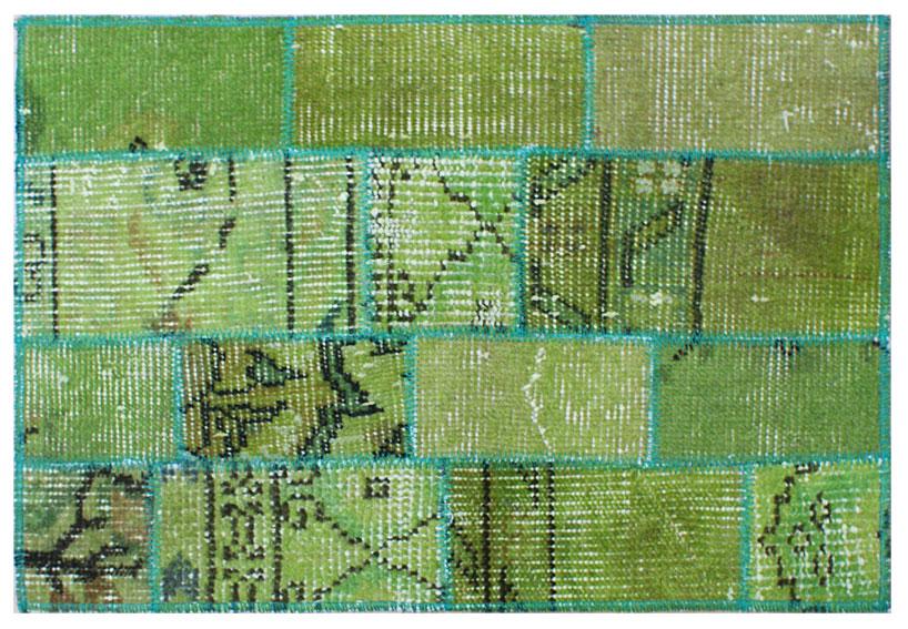 Alfombra de patchwork kilim verde no disponible en for Alfombra verde para jardin