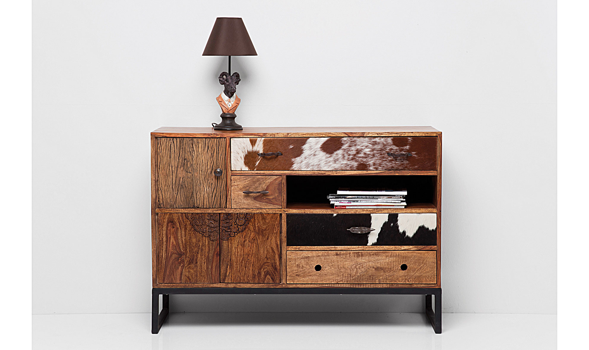 Aparador vintage romeo en dec shop for Muebles vintage outlet