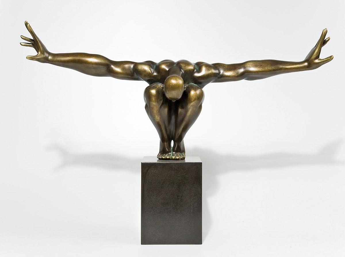 Escultura atleta bronce en - Objetos de decoracion modernos ...