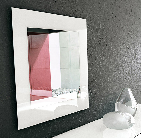 Espejo moderno cuadrado toshima tonin casa en cosas de for Espejos cuadrados