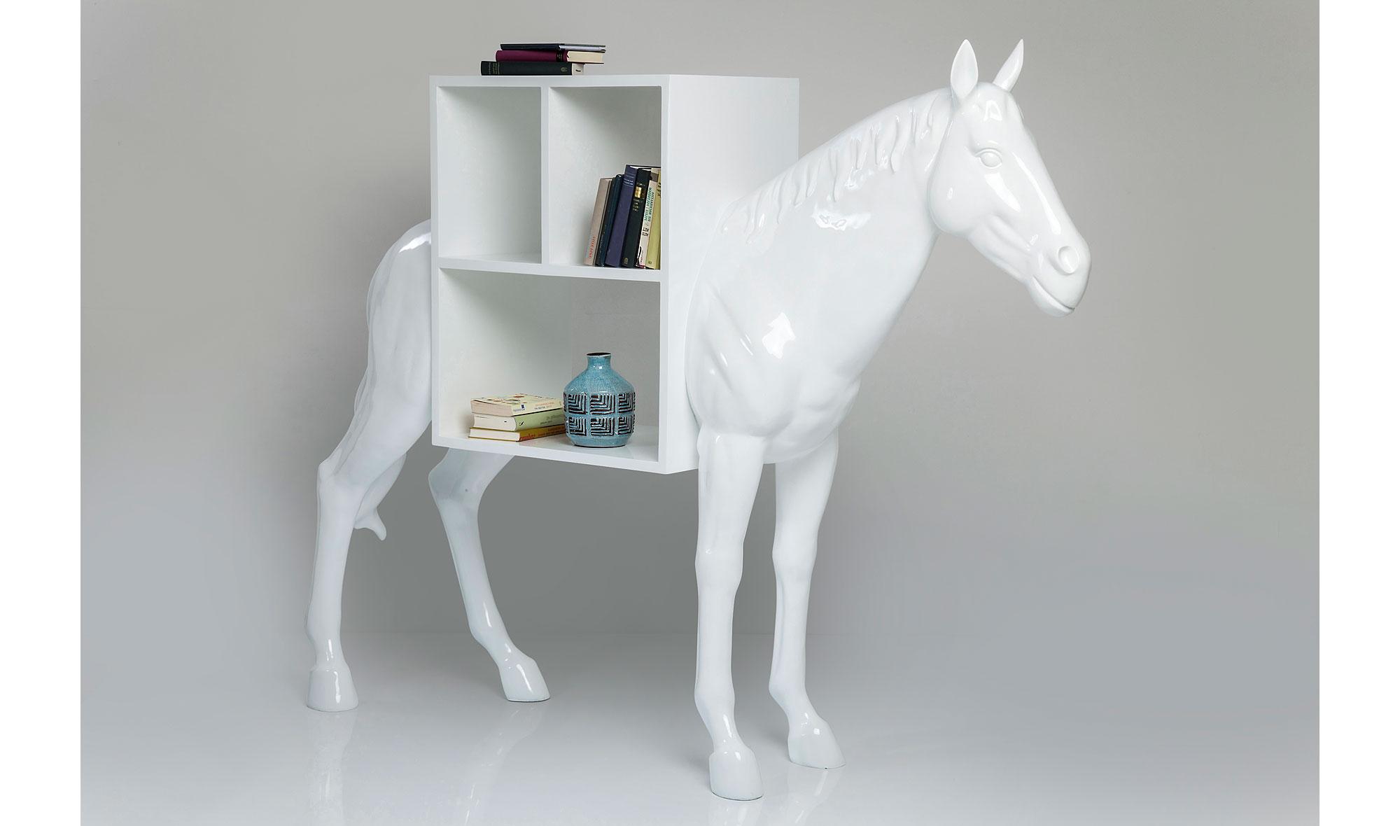 estanteria moderna caballo no esta disponible