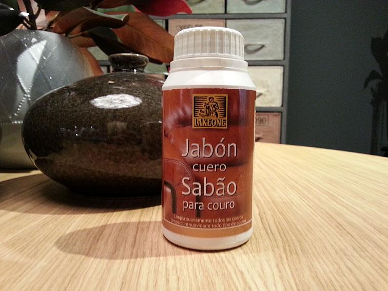 Jab n cuero lakeone en cosas de arquitectoscosas de for Jabon neutro para limpiar muebles