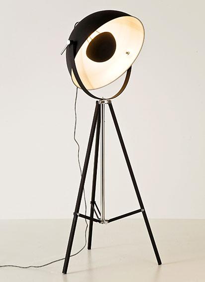 Lámpara de pie negra Tazón