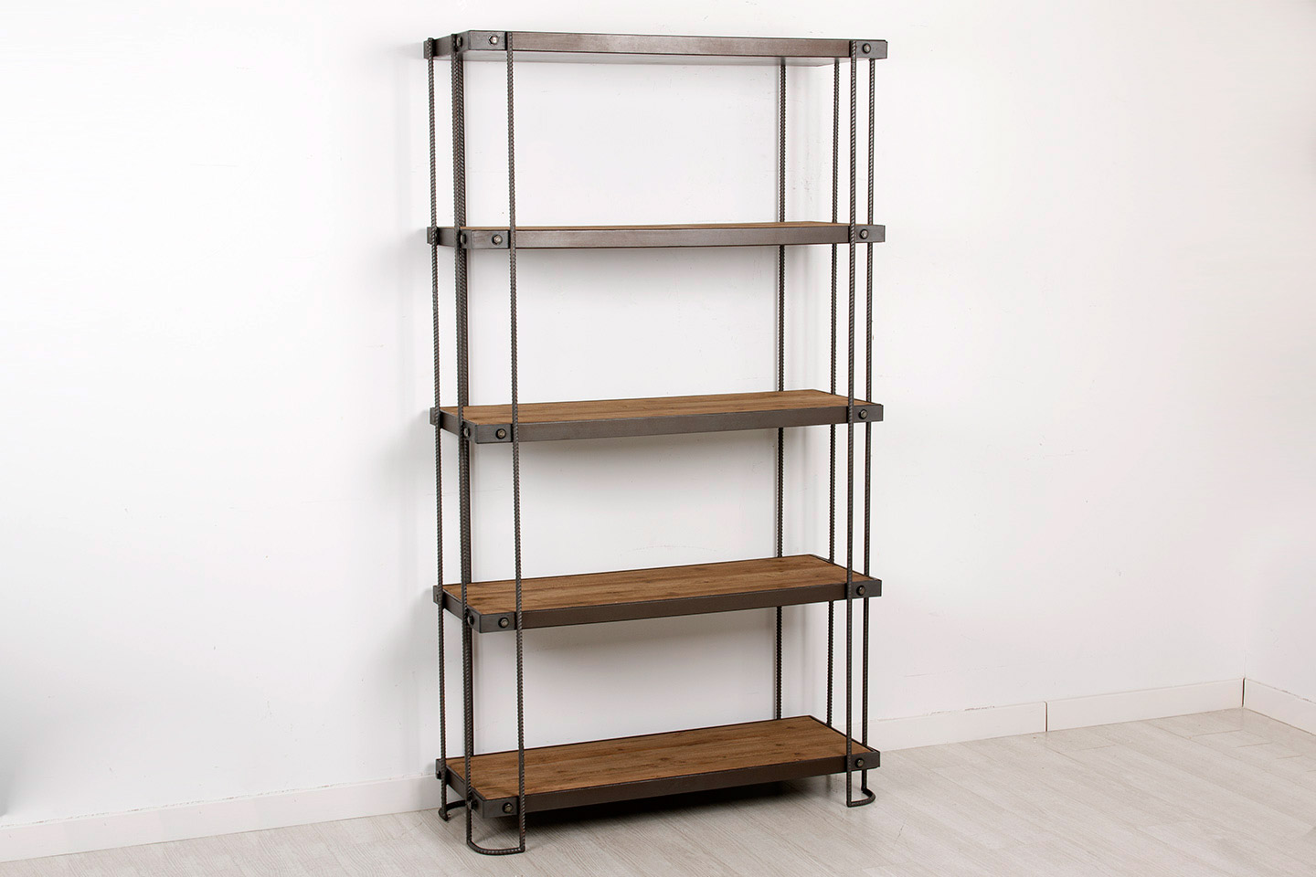 Librer a industrial loft new york no disponible en for Muebles industrial loft