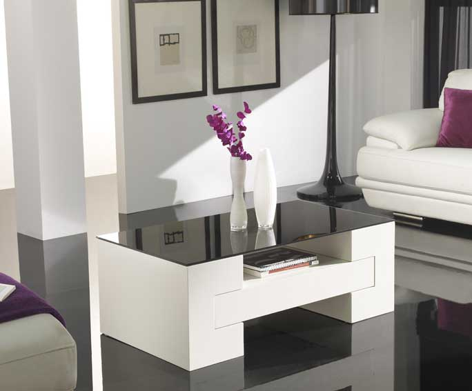 Mesa centro cerezo blanco roto en for Muebles de salon lacados