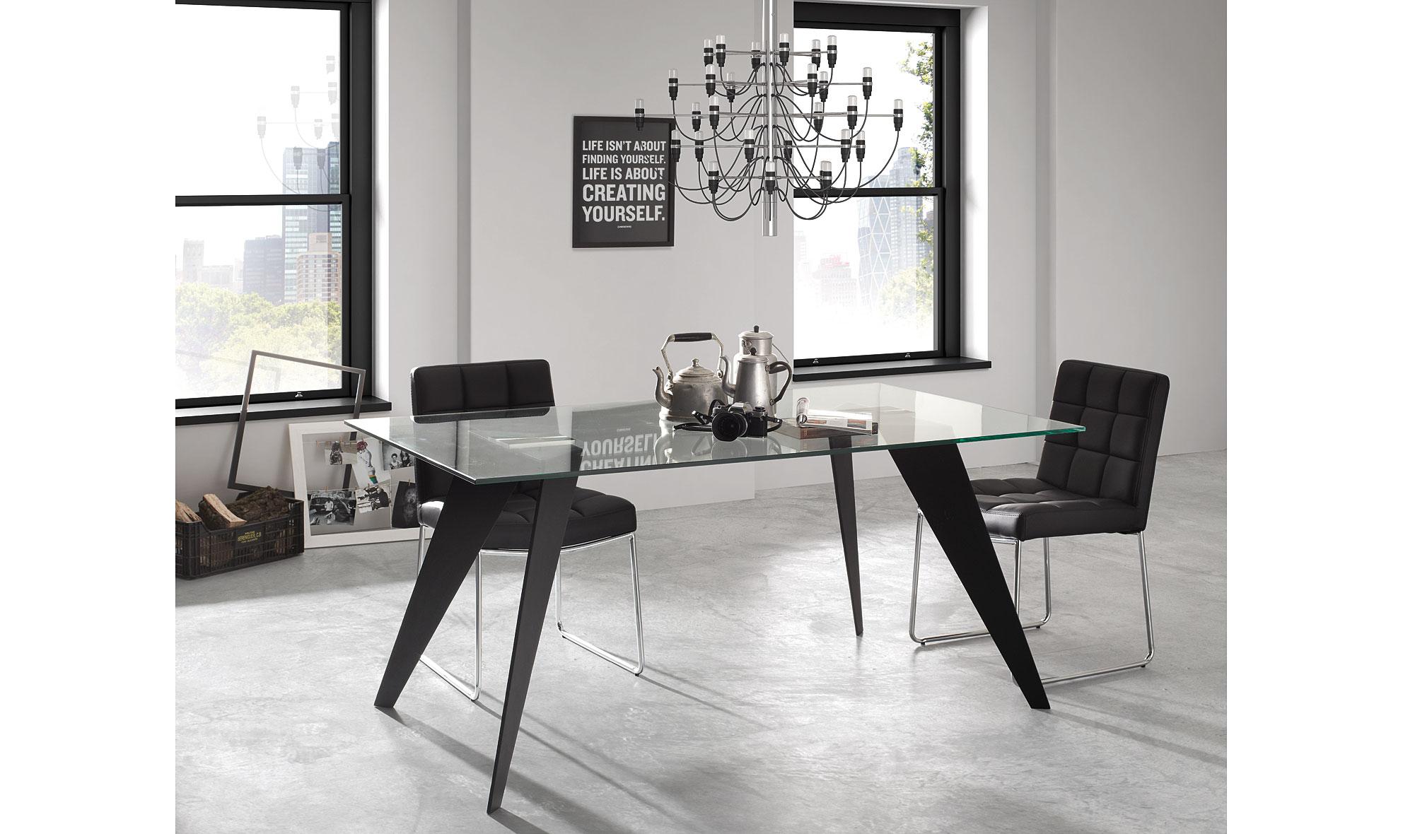 Mesa de comedor moderna Koda