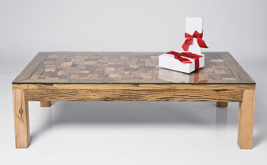 Portobellostreet.es en muebles de madera tallada y piel natural de ...
