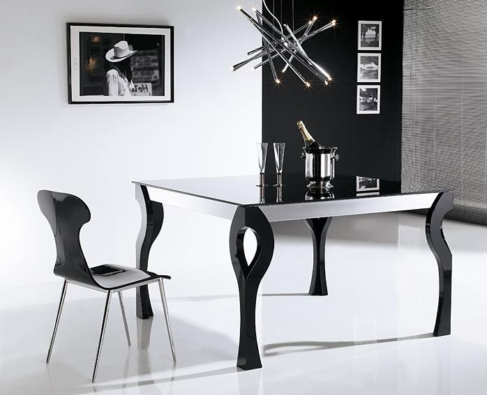Mesa de comedor extensible moderna xona en cosas de for Muebles comedor diseno