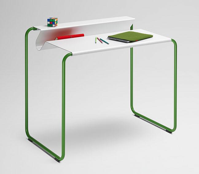 Mesa de escritorio cool en cosas de arquitectoscosas de for Mesas escritorio diseno