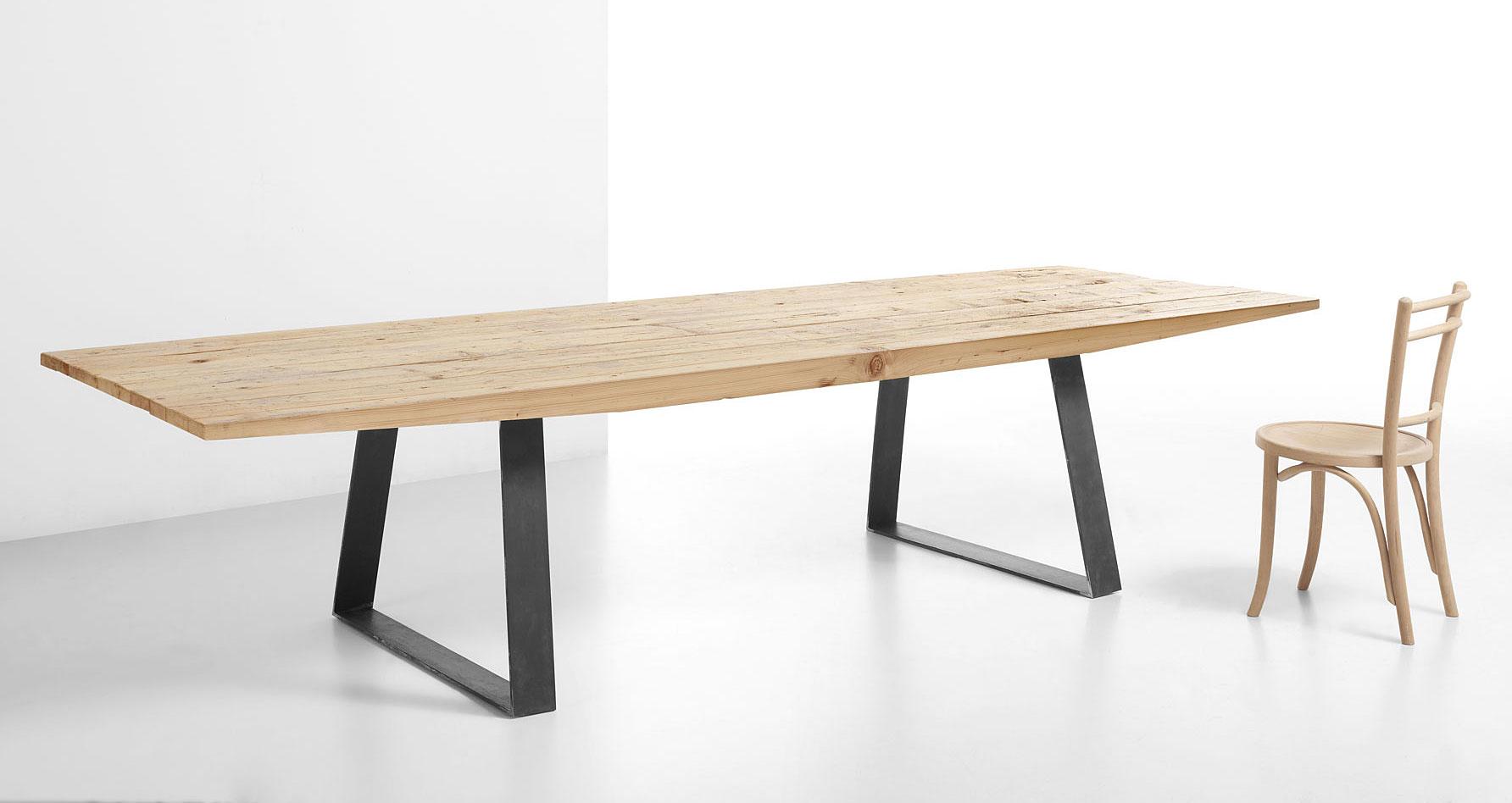 mesa de comedor fly madera centenaria en