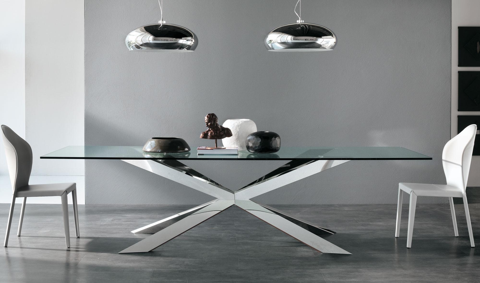 Mesa de comedor cristal spyder cattelan en for Escritorios para salon comedor