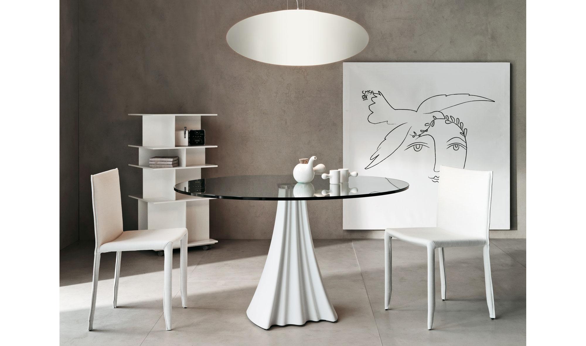 Mesa de comedor redonda moderna sipario no disponible en for Mesas redondas modernas comedor