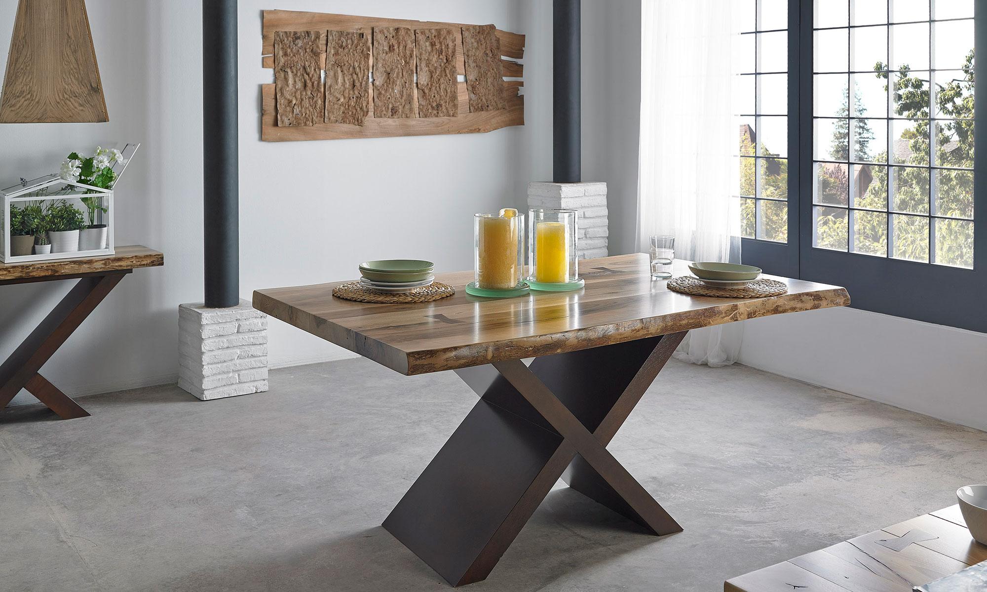 Mesa de comedor tronco nogal en for Mesas de comedor rectangulares de madera