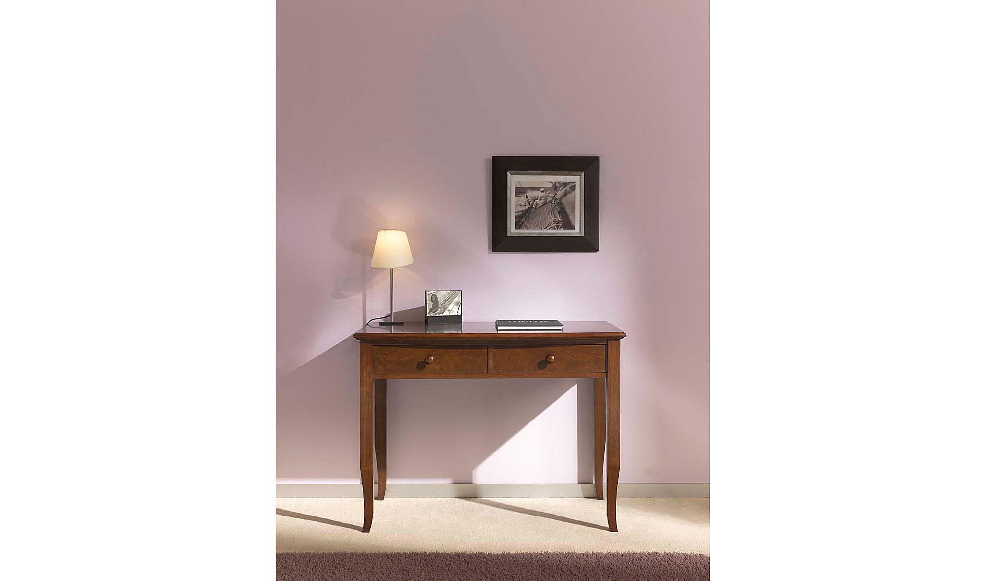 Mesa de escritorio cl sica en for Muebles escritorios clasicos
