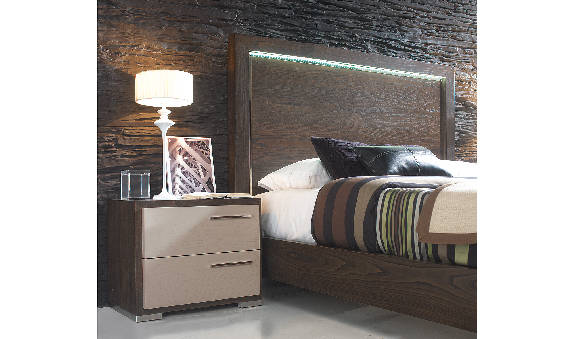 Mesilla de noche moderna volga en - Muebles de noche ...