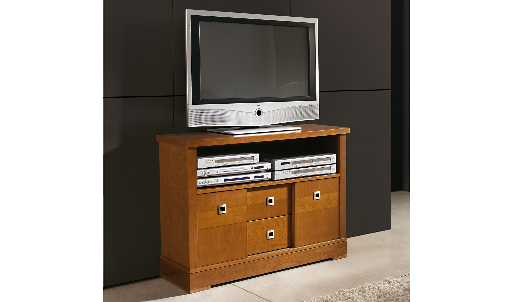 Mueble tv cl sico beauvais no disponible en for Mueble tv con ruedas