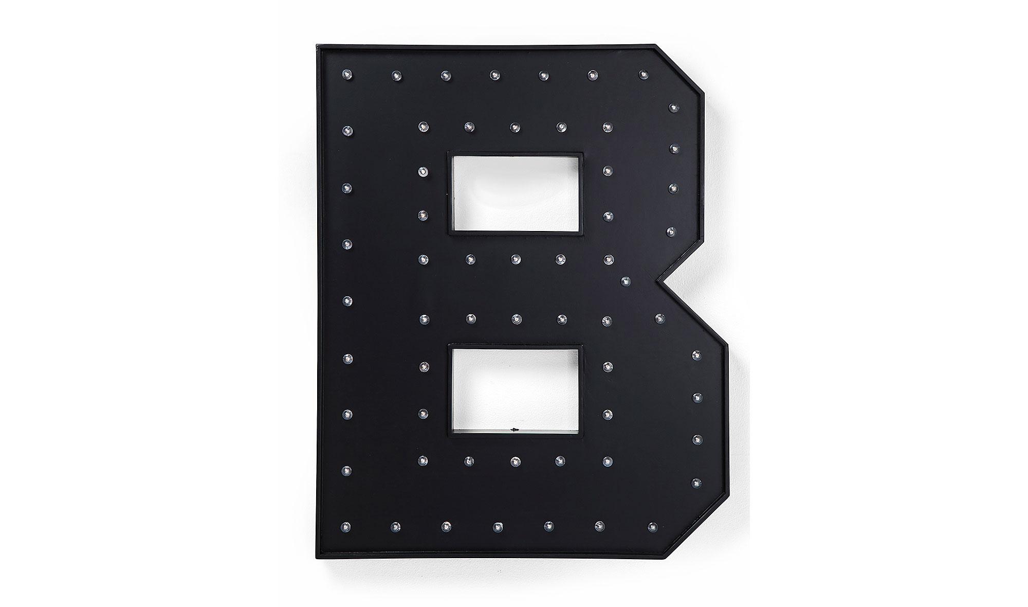 Letra luminosa LED B negra