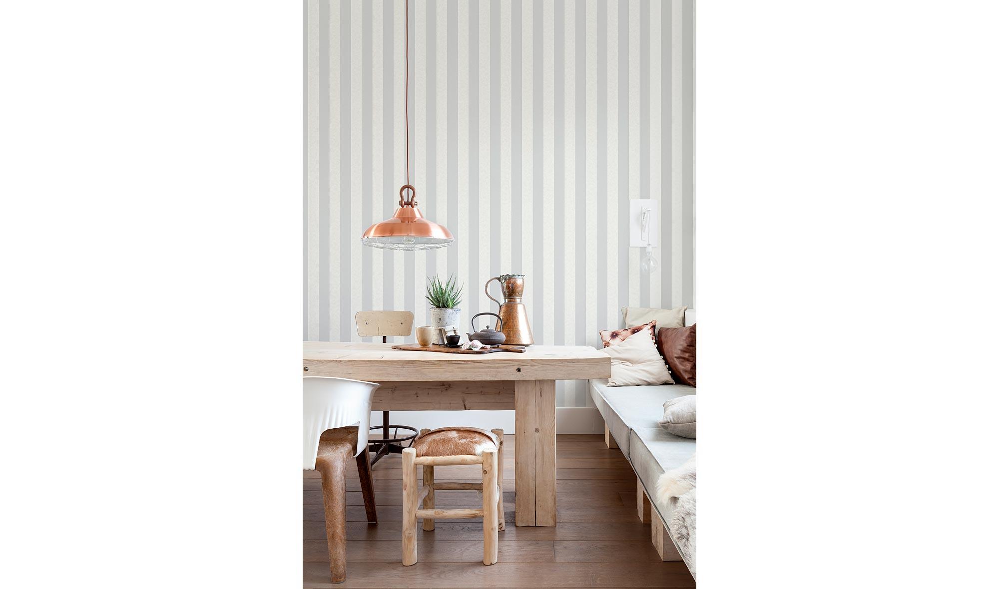 Rollo papel pintado rayado gris no disponible en for Muebles pintados en gris