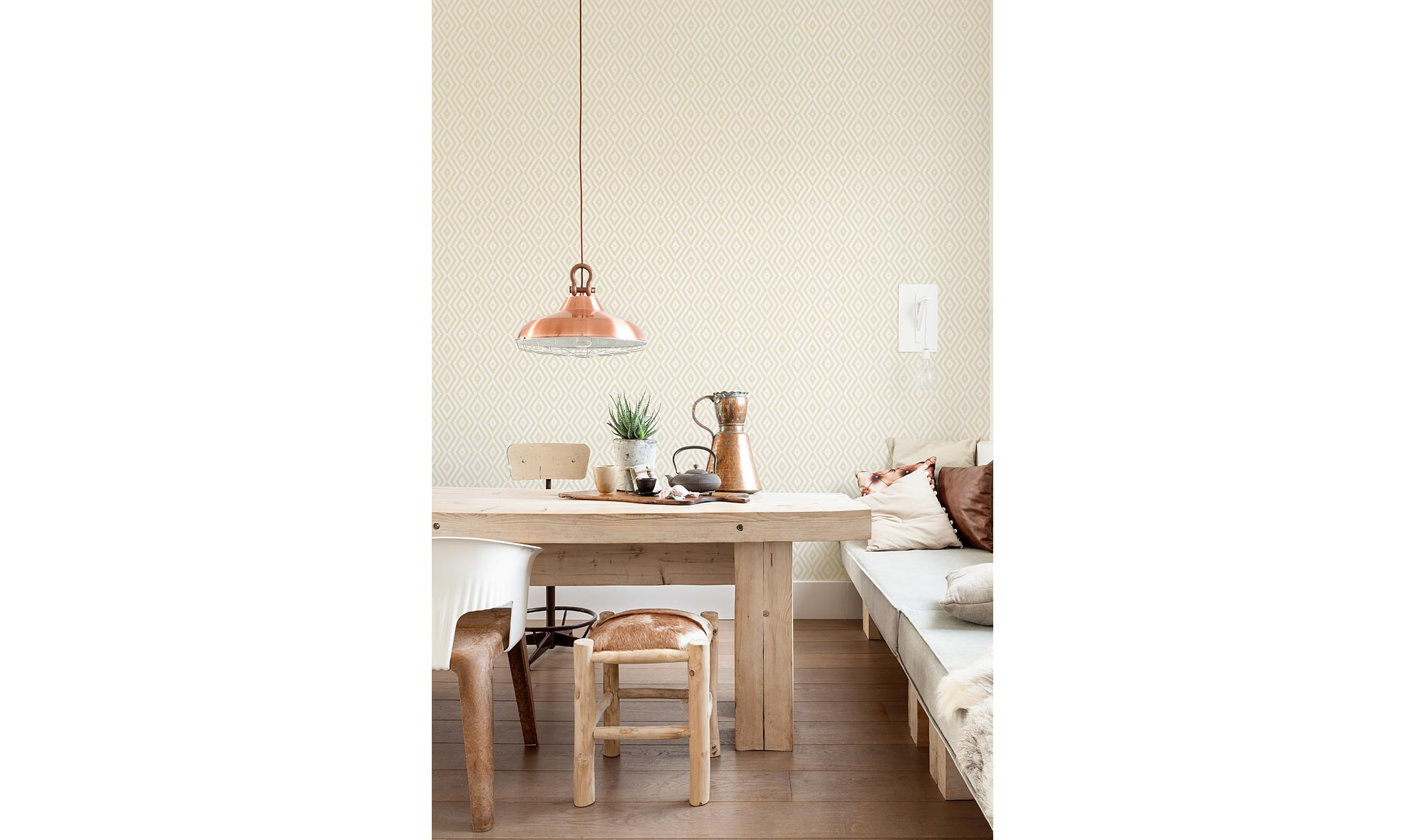 Rollo papel pintado rombo crudo no disponible en for Papel pintado muebles
