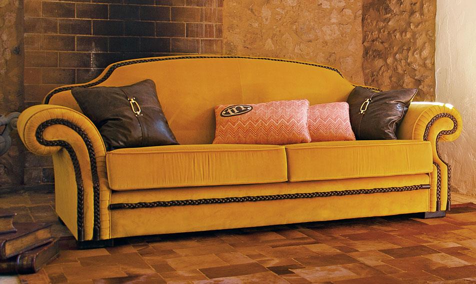 Sof cl sico kembar en cosas de arquitectoscosas de for Sofas clasicos precios