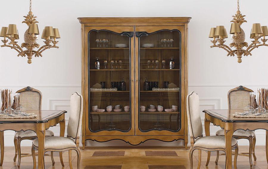 Muebles Clásicos > Vitrinas Clásicas > Vitrina ancha clásica Lui