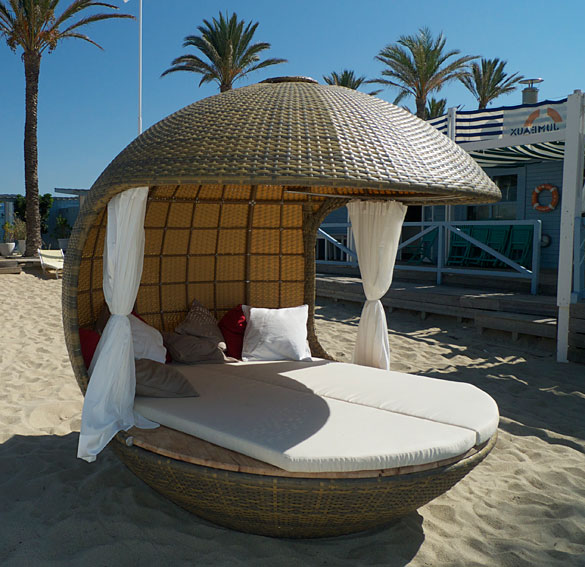Cama chic out beach no disponible en for Camas balinesas para jardin