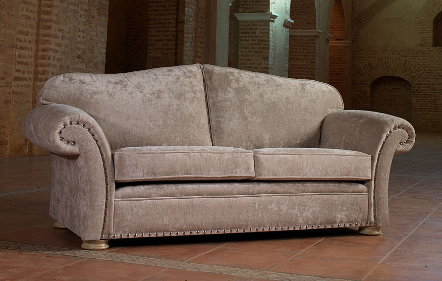 Sofas clasicos america 39 s best lifechangers for Sofas clasicos madrid