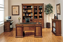 Mesa de escritorio Landy clásica