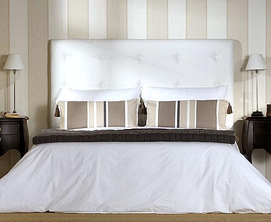 Cabecero tapizado en piel sint tica en - Cabeceros de cama tapizados en piel ...