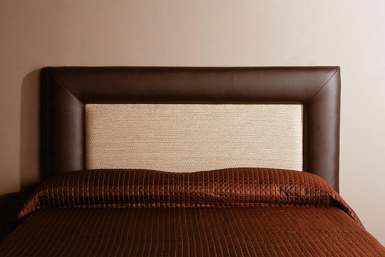 Cabeceros y camas de piel en - Como tapizar cabeceros de cama ...