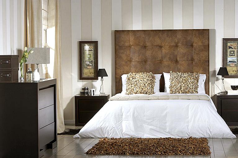 Dormitorio colonial hilton tapizado en - Cabeceros coloniales ...
