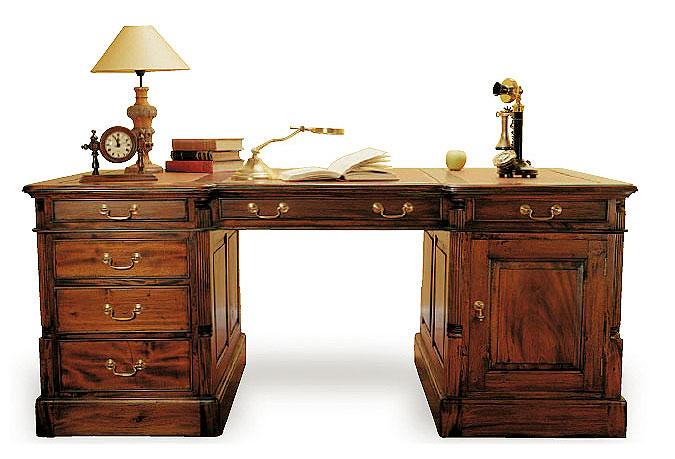 Mesas de despacho y escritorios de lujo en - Mesa escritorio clasica ...