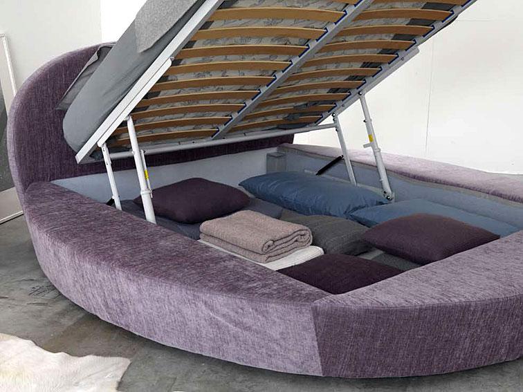 cama redonda giotto en tu tienda de muebles de lujo. Black Bedroom Furniture Sets. Home Design Ideas