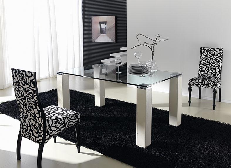 Mesa de comedor moderna verti en for Comedores modernos en puebla