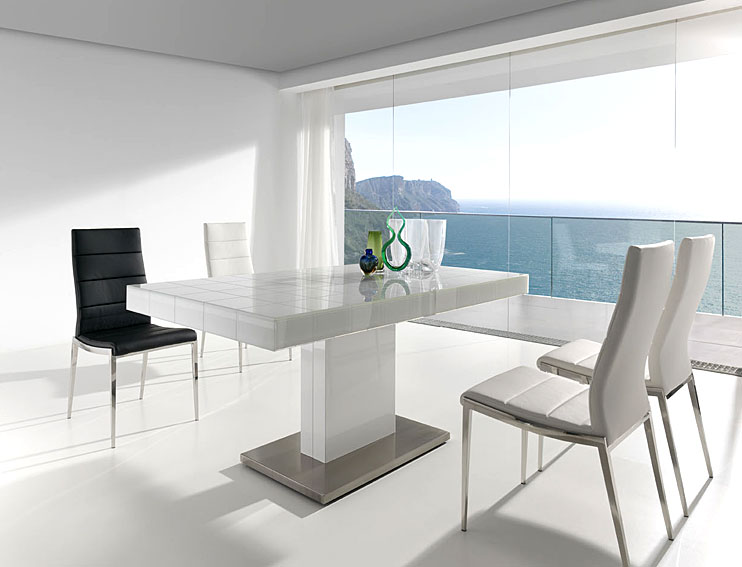 Mesa de comedor extensible mery white no disponible en for Mesas comedor cuadradas diseno