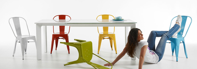 Muebles para espacios peque os en for Mesas ordenador para espacios pequenos