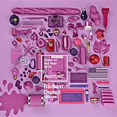 Muebles y decoración en índigo, malva, violeta u orquídea radiante